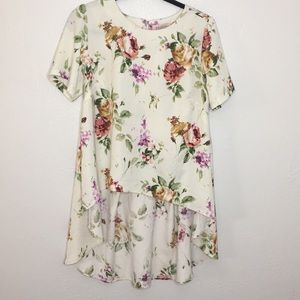 Philosophy high low floral blouse cream pink M